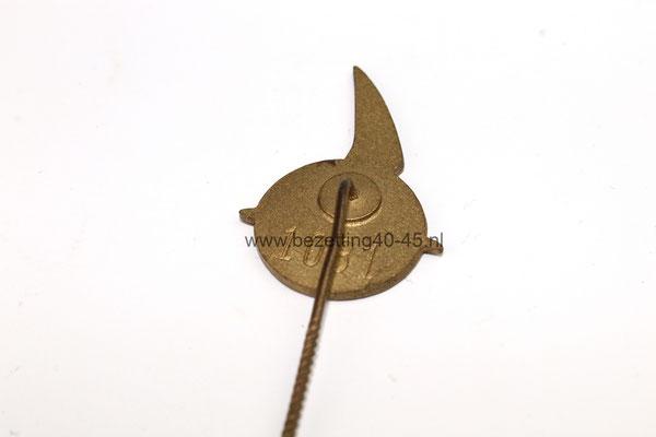 "Eredraagteken Nationale Jeugdstorm. (Dutch NSB Youth) - The Badge of Honor of the ""Jeugdstorm"""