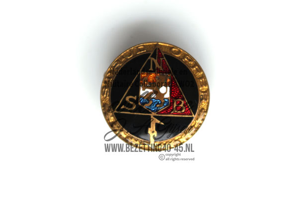 NSB Eredraagteken Strijd en Offer. ( NSB Badge )