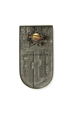 NSB 5 jaar speld Mussert wint 1931 - 1936 / NSB 5 Year Existence Badge.