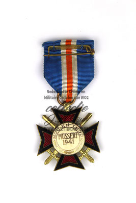 NSB Medaille Oostlandkruis Mussert Kruis - Dutch NSB Mussert Cross madel ribbon cased (Volunteer Legion Netherlands)