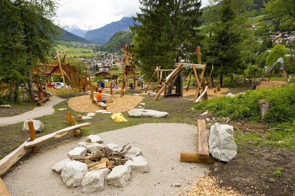 © Ötztal Tourismus Photograf Rudi Wyhlidal Bildbeschreibung Ötztal, Region Oetz, WIDIs KIDS PARK, Kinder, Familie, Sommer, Spielplatz, spielen