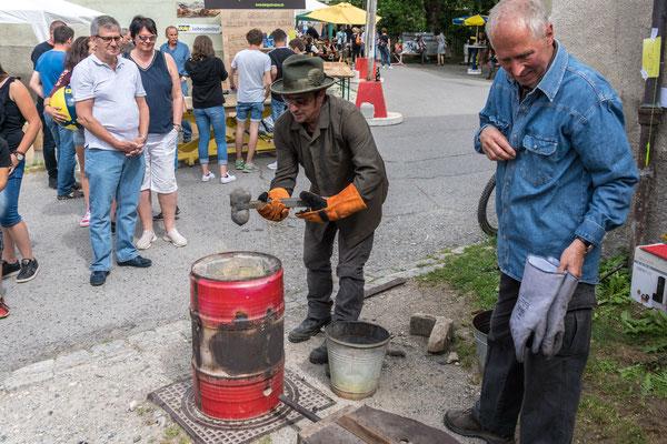 Zillis Dorffest: Ashanti Gusstechnik