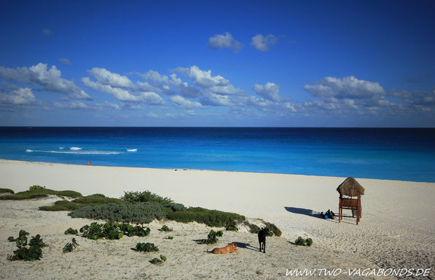 PUPLIC BEACH AM NAHEN ENDE DER HOTELZONE