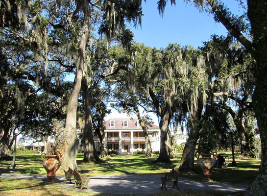 *HOUMAS HOUSE* - PLANTATION VON 1840 - ERBAUT IM GREEK-REVIVAL-STIL