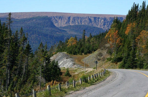 DURCH DEN GROS MORNE