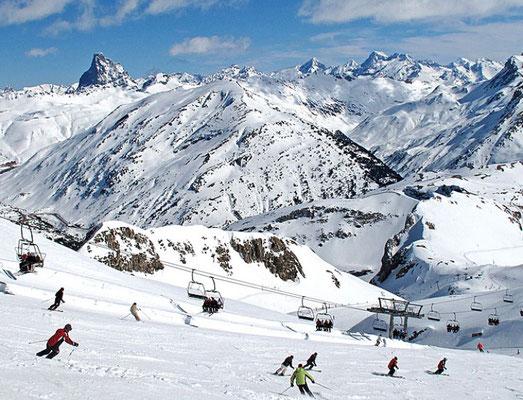 Ski alpin à Candanchu