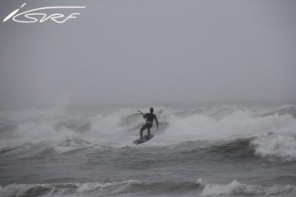 Surfspot review: Bloemendaal aan Zee (Date: 10-07-2014 Photographer: Laurent Deckers)