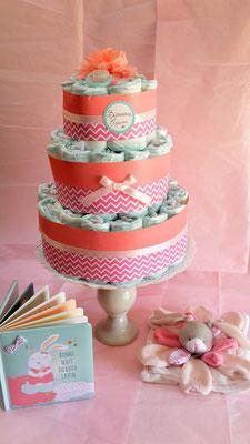 Gâteau de couches cadeau de naissance pour bébé