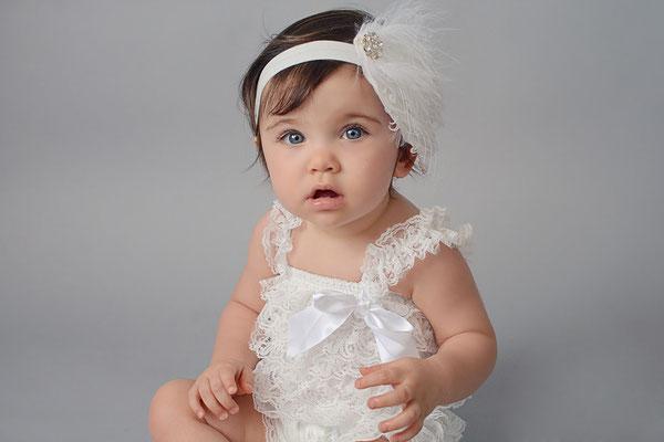 Barboteuse dentelle blanche headband bébé
