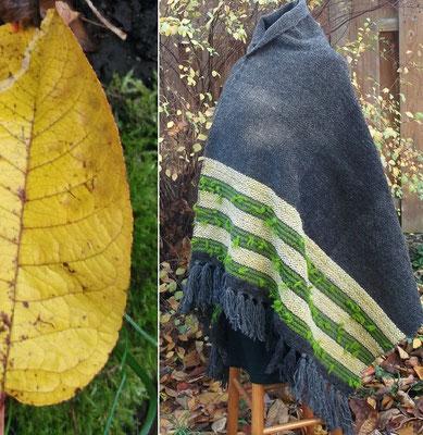 Schultertuch Kirschbaum ahndgewebt und wohlig warm