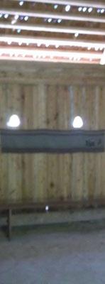 Probehängen des unfertigen Teppichs im Starigarder Hallenhaus...