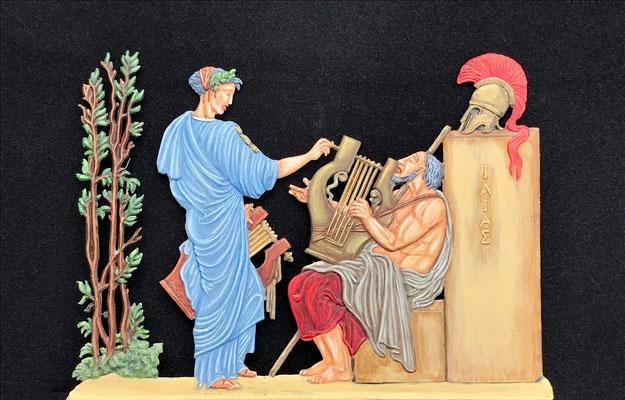 Klio stimmt die Kithara des Homer; Bemalung: Rainer Berthold