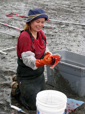 Cook Inlet/Kenai River - Lachsfischerin