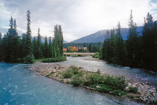 Bow River, Lake Louise Village
