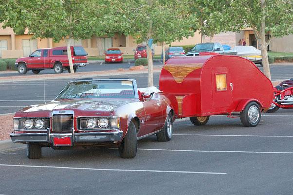 Oldies auf dem Parkplatz Wahweap Lodge