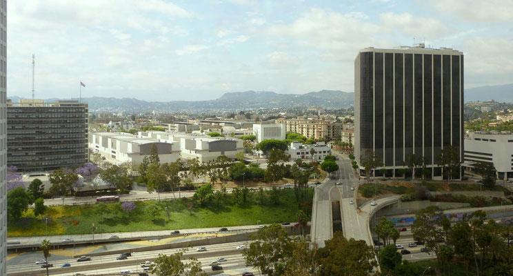Blick vom Westin Bonaventure Hotel auf Los Angeles