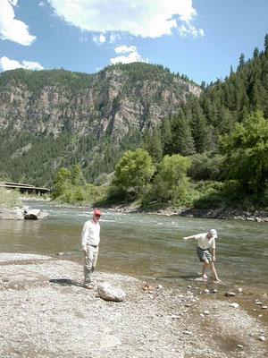 Rast am Colorado River an der Interstate 70