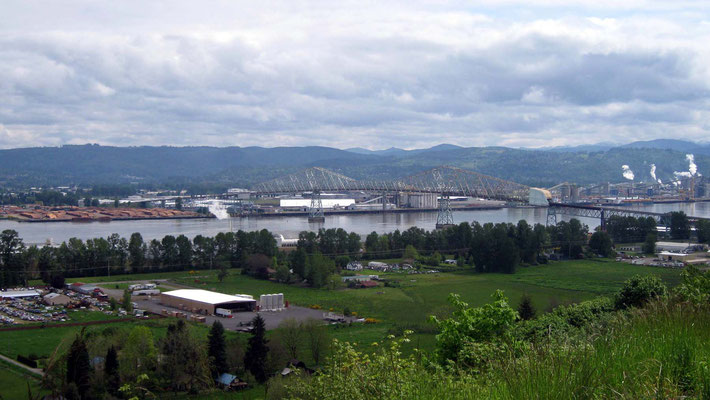 kurzer Stopp an der US 30, Rainier View Point, Blick auf den Columbia River