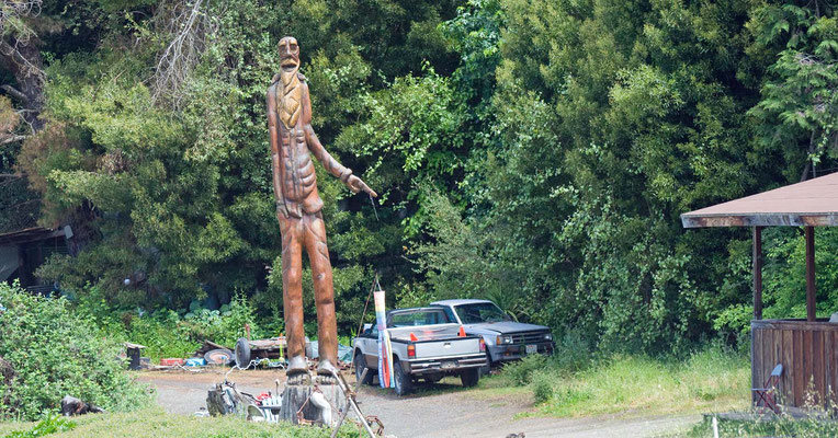 Carved Wood Statue, Phillipsville