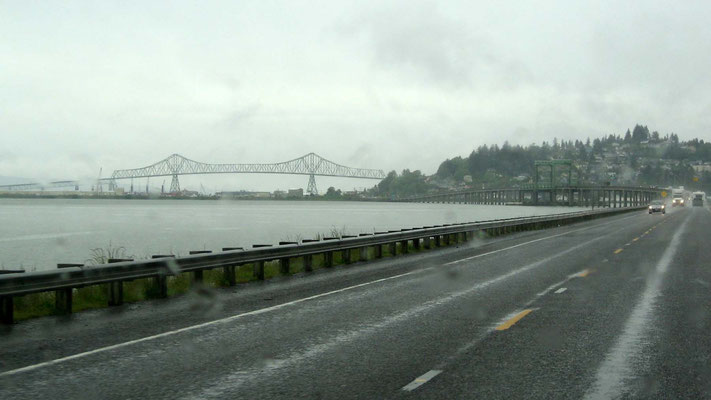 die Astoria - Megler Bridge in Sicht