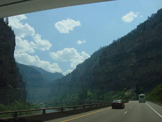 Auf der I-70 Richtung Grand Junction