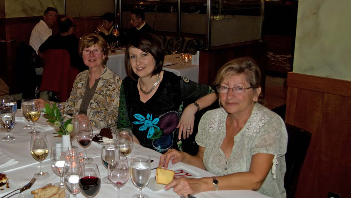 Renate, Catrin, Christel im Heathman Restaurant