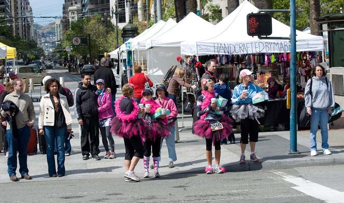 """Bay to Breakers"", Volks- und Straßenlauf jeden 15. Mai über 12 km in San Francisco"