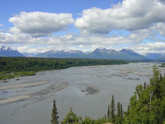 Chulitna River/Denali Gebirgsmassiv