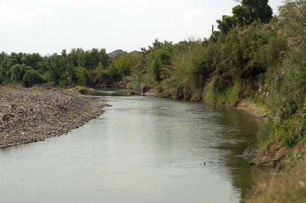 Rio Grande, li. Ufer Mexiko