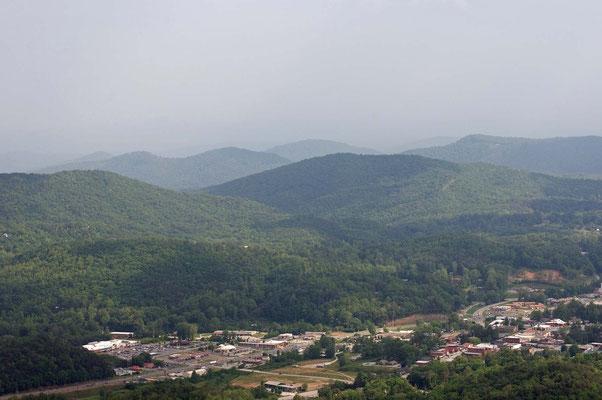 Blick vom Blue Ridge Overlook, Black Rock Mountain State Park
