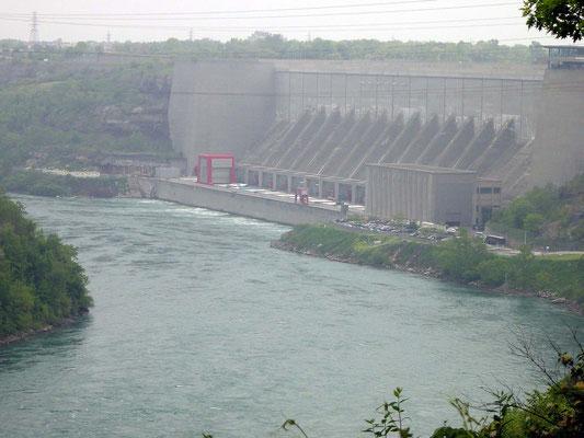 Wasserkraftwerk am Niagara River