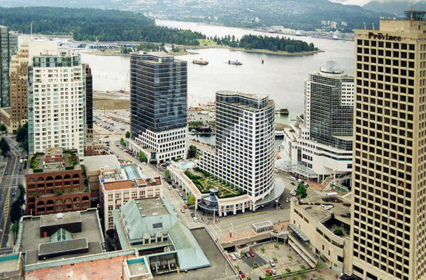 Blick auf Vancouver vom Harbour-Center-Lockout