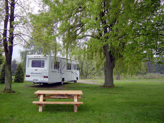 Im Four Mile Creek State Park Campground am Lake Ontario
