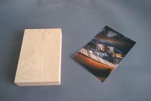 Stück Holz und Bild