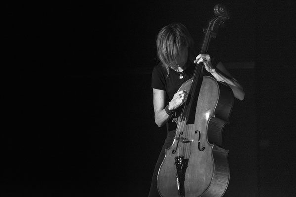 Helen Money live at Atomino Club Chemnitz, September 2017