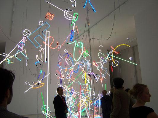 Neon f.Künstler A.Reyle//Neon Joecks Berlin