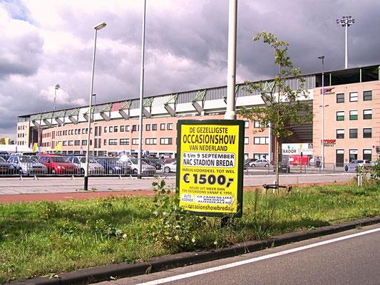 Buitenreclame - Driehoeksborden - Automotive Sales Event - gezamenlijke dealers Breda
