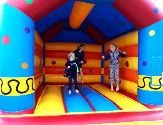 Kids Entertainment - Automotive Sales Event - Van den Udenhout Helmond - Volkswagen-Audi-SEAT-ŠKODA