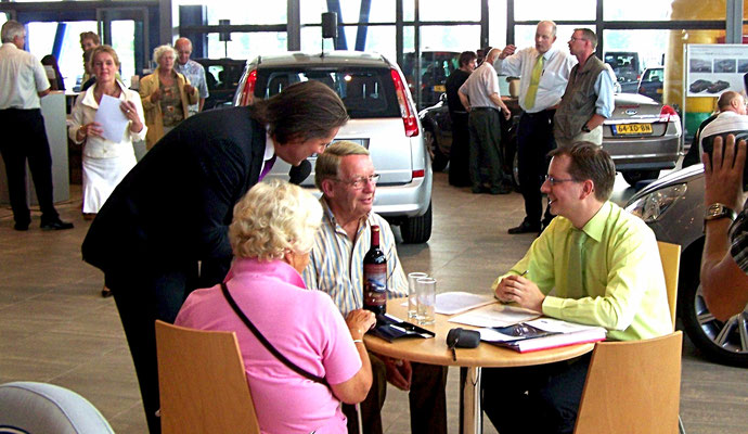 Verkoopstimulerende live-presentatie op Automotive Sales Event bij Ford Arnhem