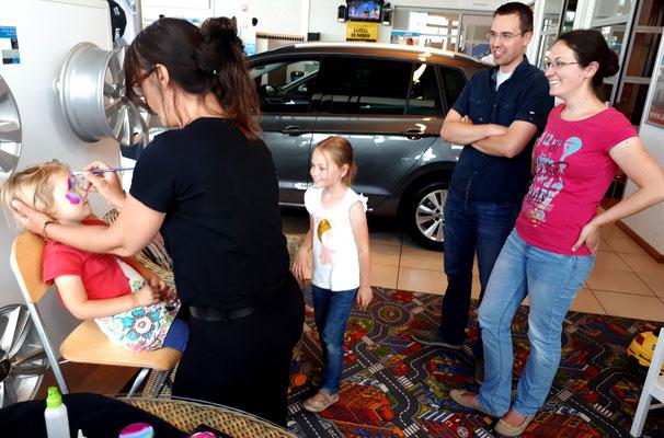 Kids entertainment - Automotive Sales Event - Van den Udenhout Helmond - Volkswagen-Audi-SEAT-ŠKODA - 35 verkochte auto's in 1 weekend