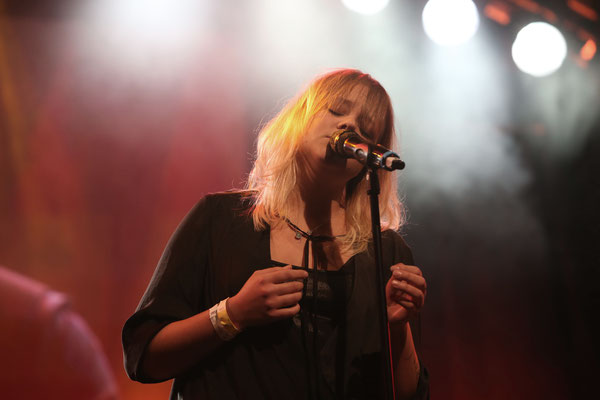 Auftritt von Lina Maly