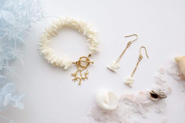 珊瑚のブレスとピアス