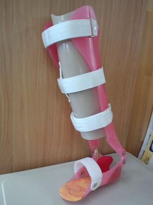 短下肢装具 PTB式(ファンクショナルタイプ)