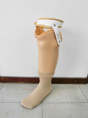 下腿義足(殻構造)
