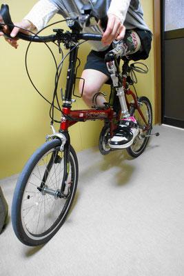 自転車に乗りやすいよう、ソケットに少しの工夫。