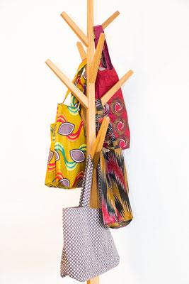 Die Taschen sind alle von Hand hergestellt
