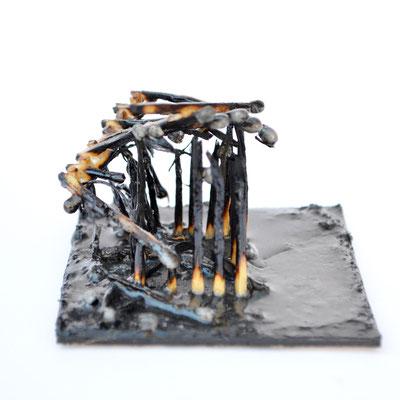 """""""Streichholz Objekt"""", Pappe, Streichhölzern, 8 x 8 cm, 2016"""