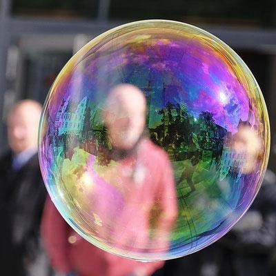 18 41 Seifenblasen-Anonymität