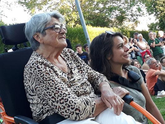 Jeannine et Julie, salariée du festival