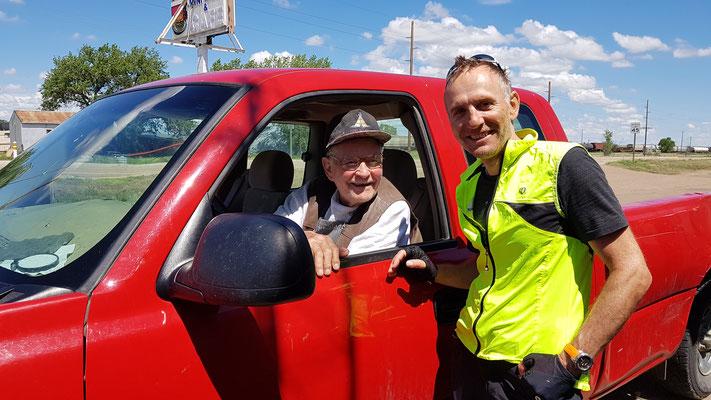 Lagebesprechung mit dem 90-jährigen Al, Ladenbesitzer in Dodson, MT
